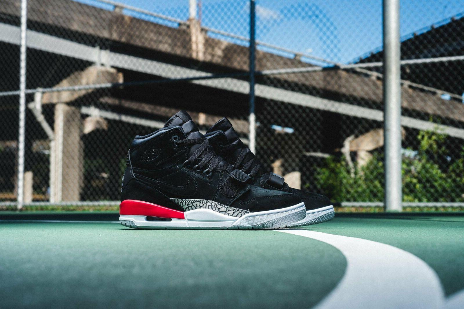 Air Jordan Legacy Basketball Black/Fire AV3922 Size 10