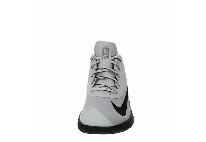 Nike Men's Top Basketball Sneakers