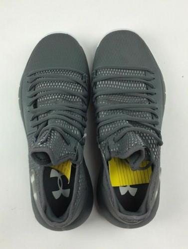 Under Low Basketball Court Shoe 3020618