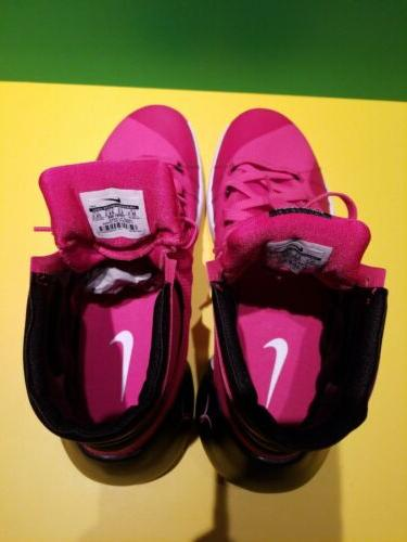 Nike Think Pink Breast Cancer