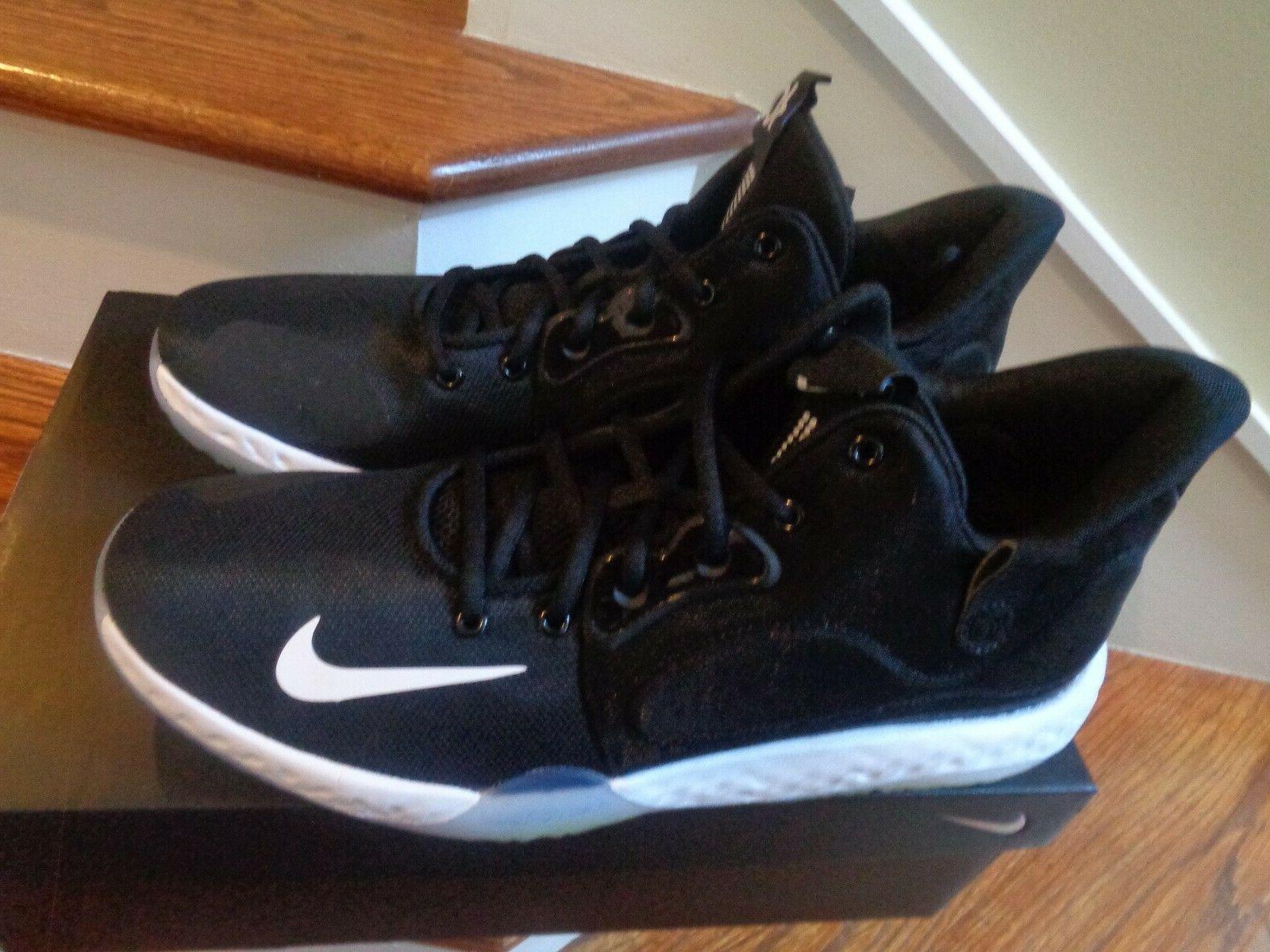 Nike VII AT1200 001 Size NWB