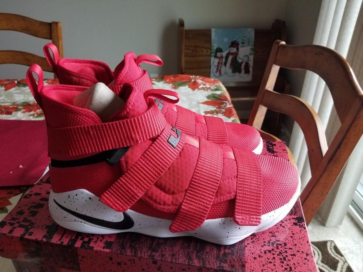 Nike Lebron Soldier 11 XI University