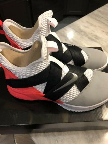 Nike SFG White Grey Crimson 11