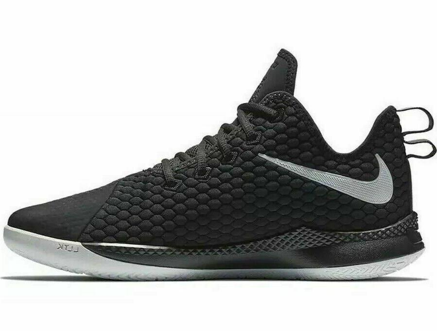 Nike III Men's Basketball 001 Black White NIB