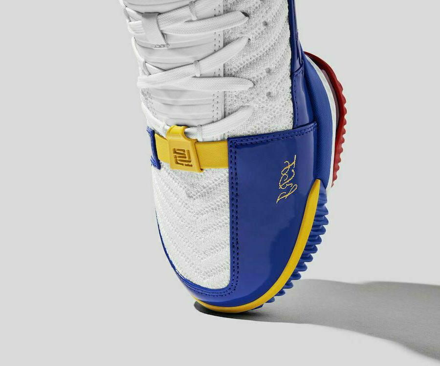 Nike White Basketball Shoes