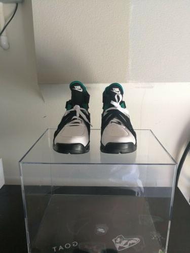 Men's Air David Size 11.5 Black Green 889013 001