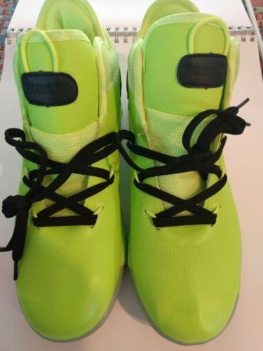 Men's Basketball Shoes Size 10