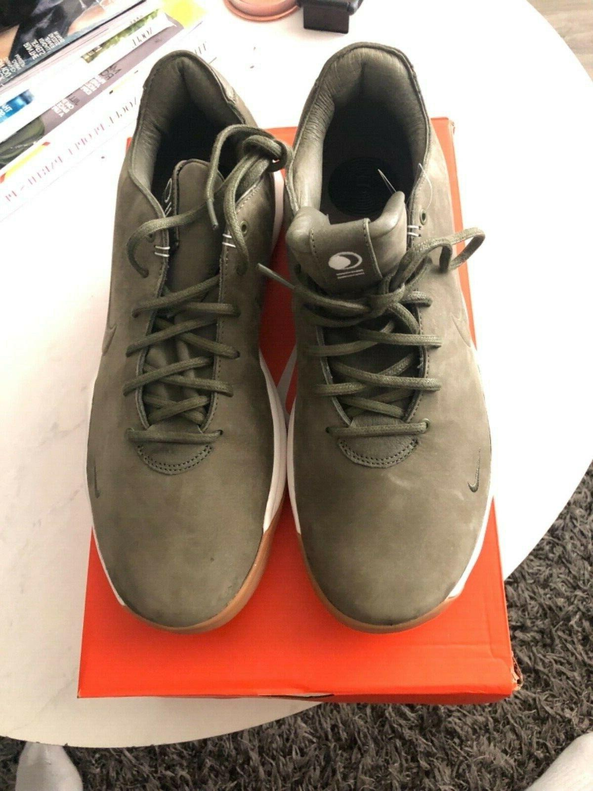 Mens Nike Low Shoes Size 8.5, 11,