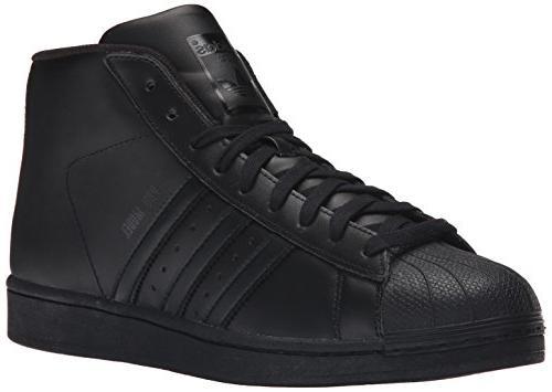 model sneaker