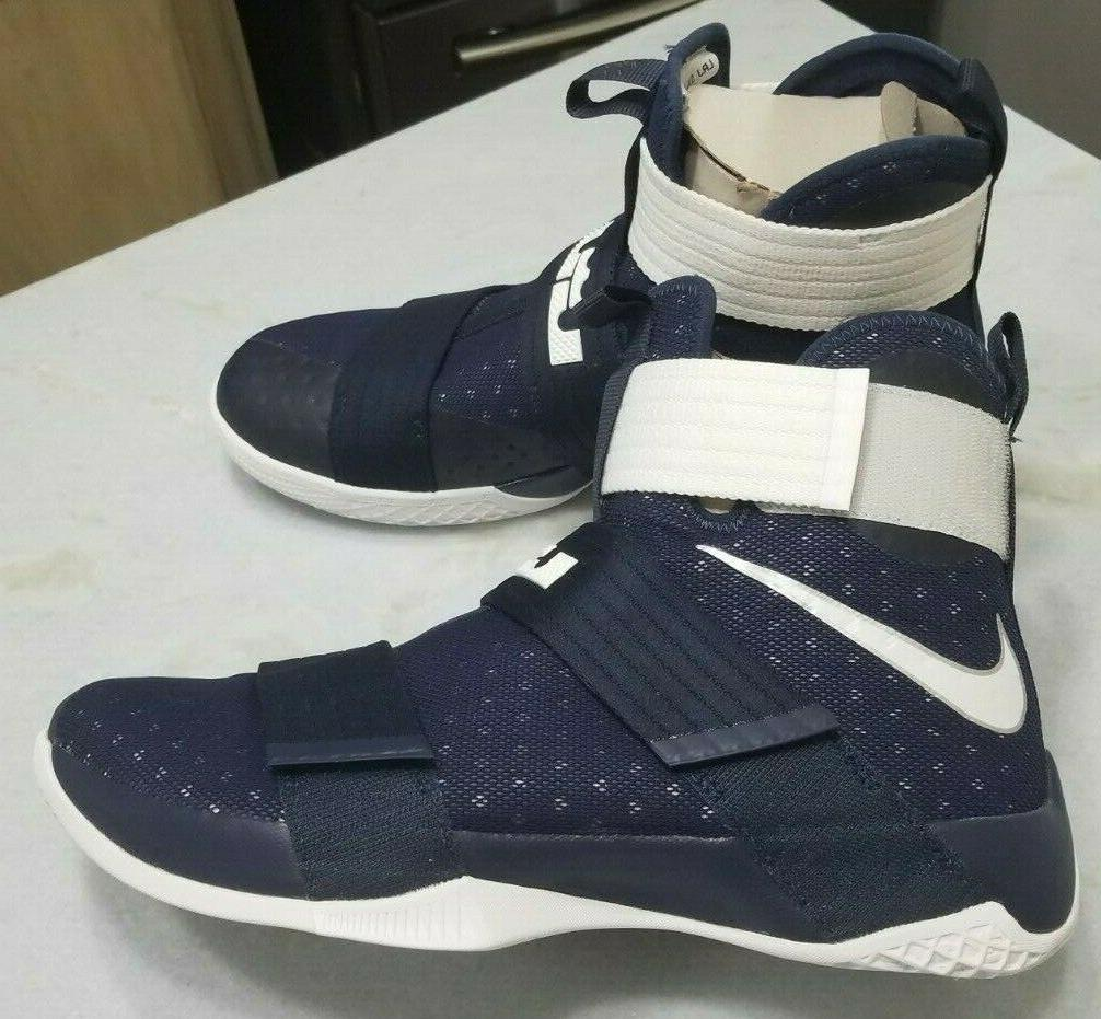 NEW Zoom SOLDIER Shoe Size