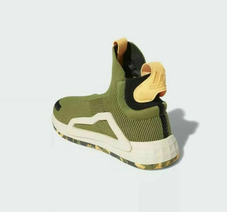 NIB Basketball Shoes Men's Size 14.5 F97258