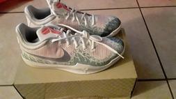 Nike Mamba Rage Mens Basketball Shoes 908972 140 White Grape