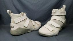 Nike Men's LeBron Soldier XI SFG Basketball Sneakers Bone Sz