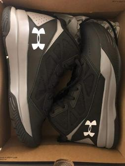 NEW Boy's Under Amour Basketball Shoes UA BGS JET MID 5Y 2Y