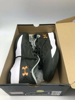 NIB Men's Under Armour, Size 8 Jet Low Athletic Basketball